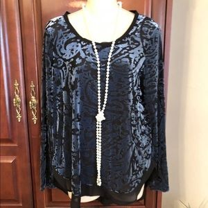 Simply Vera Wang blue and black burnout top.